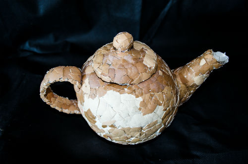 teapot made from egg shells